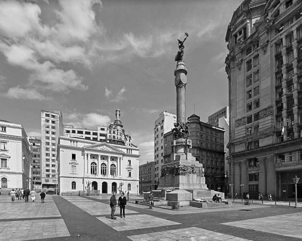 Praça Pateo do Collegio